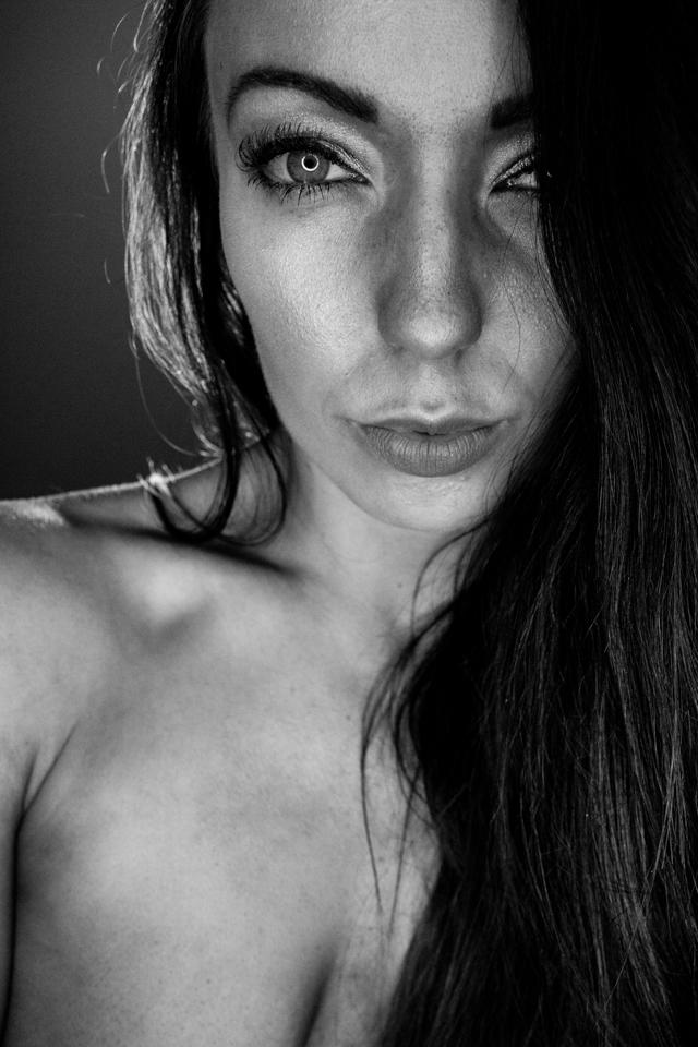 Photography by Shutterpunk, Model MissKateW / Uploaded 5th April 2018 @ 05:12 PM