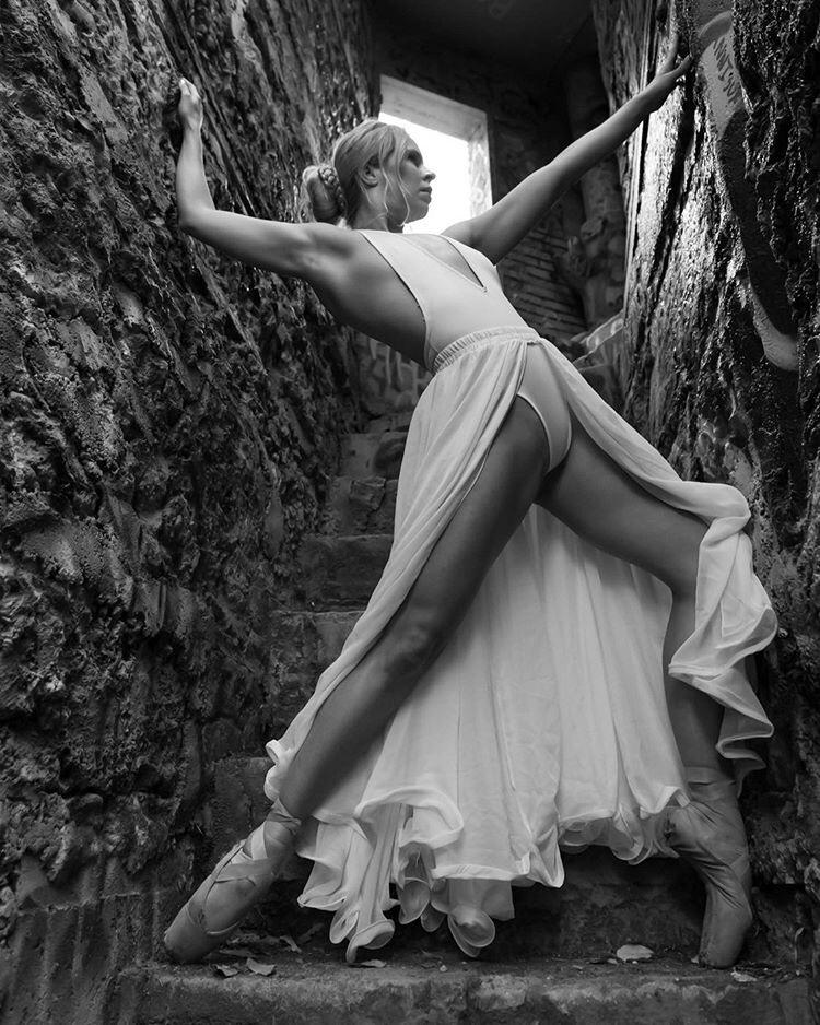 Dance! / Model Fanny / Uploaded 20th October 2019 @ 09:06 AM