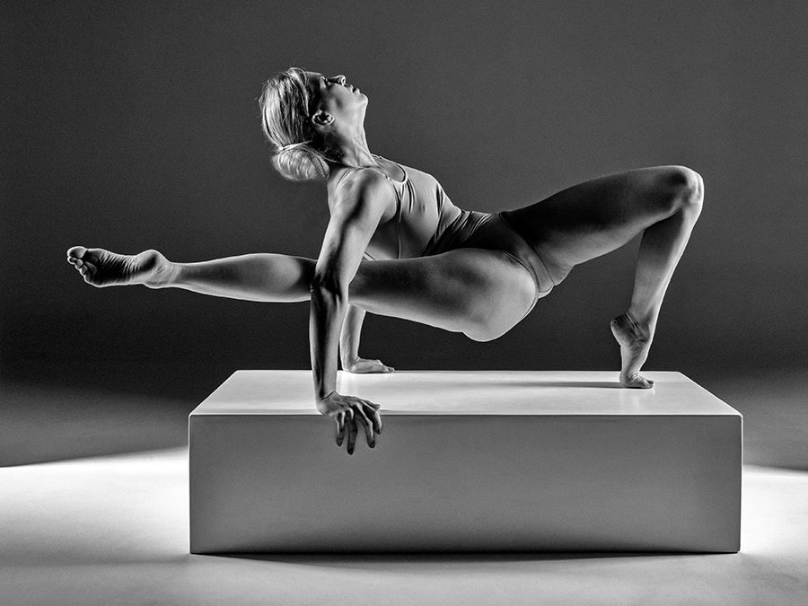 Yoga mood / Photography by CharlieBoy, Model Fanny / Uploaded 14th January 2020 @ 03:42 PM