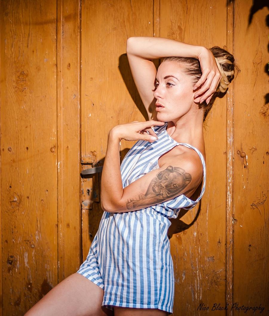 Fashion quand tu me tiens... / Photography by Nico Black Photography, Model Elle Black / Uploaded 6th November 2015 @ 12:53 PM