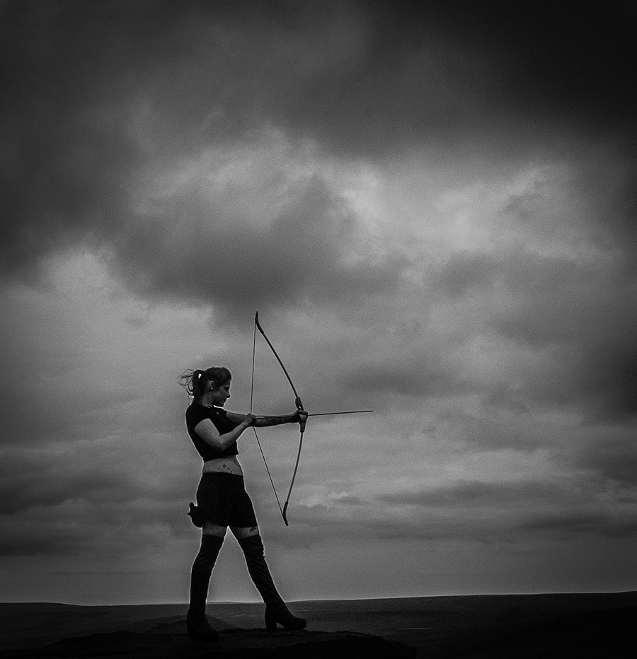 the huntress / Photography by Peanuts, Assisted by lily / Uploaded 15th July 2016 @ 03:55 PM