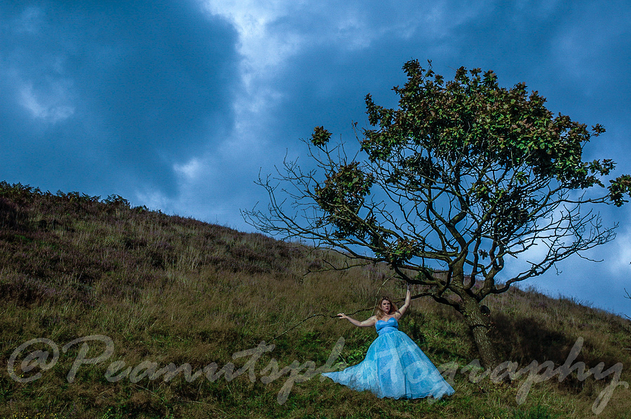 saddleworth moor / Photography by Peanuts, Model Becky Kvittems, Post processing by Peanuts / Uploaded 27th June 2018 @ 06:23 PM