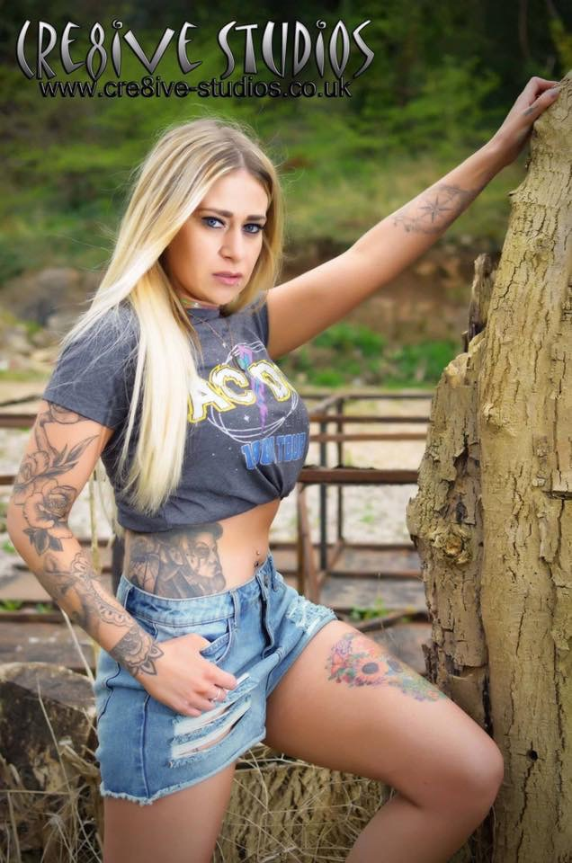 Rock chick / Photography by Cre8ive Studios- Mike Parsons / Uploaded 15th April 2017 @ 11:37 PM