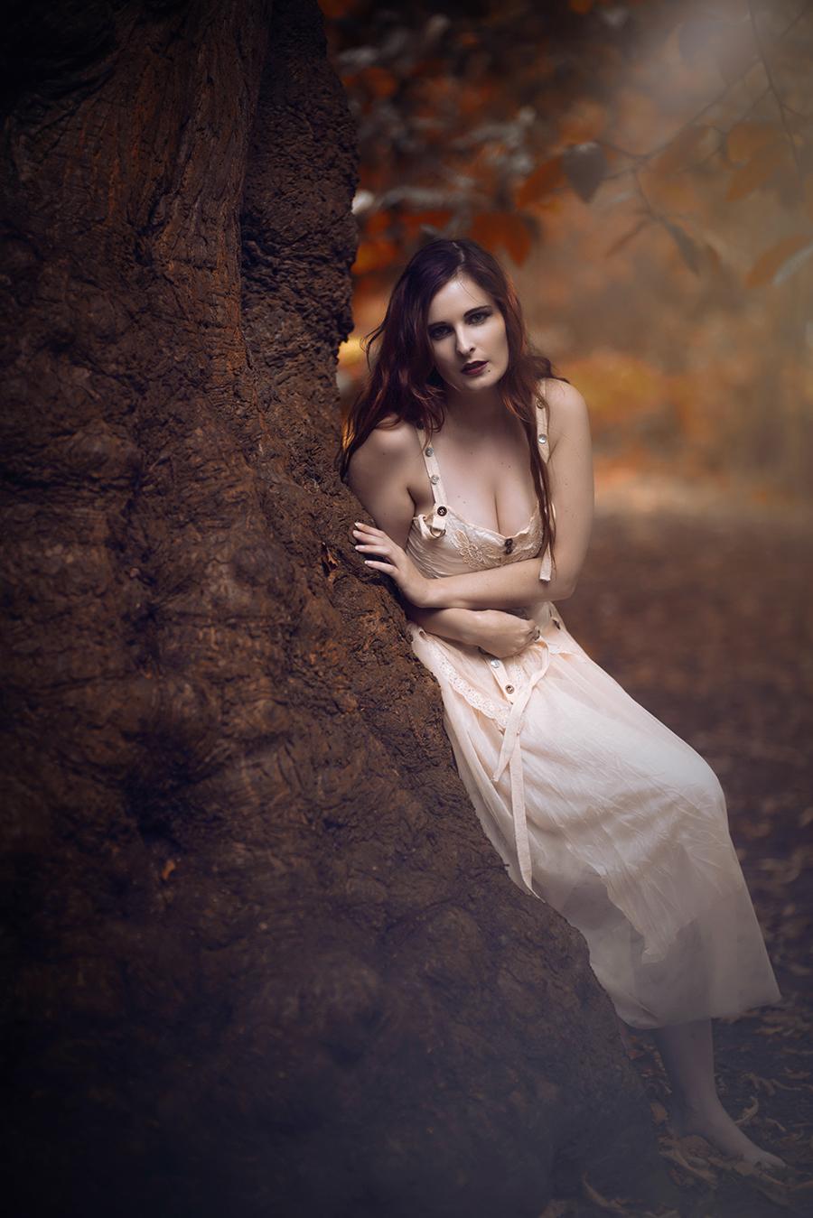 Marianne Di Vine Autumn / Photography by TK300, Model Marianne Di Vine / Uploaded 30th October 2016 @ 04:59 PM