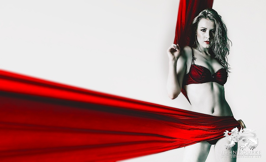 Photography by JohnRourke, Model Scarlot Rose, Post processing by JohnRourke / Uploaded 23rd November 2012 @ 02:52 AM