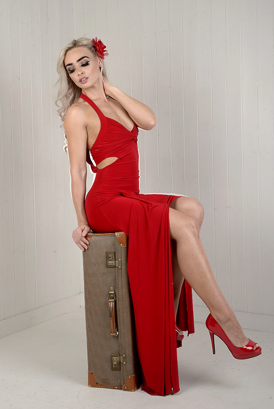 Lady in red / Photography by Willy / Uploaded 7th January 2019 @ 10:32 AM