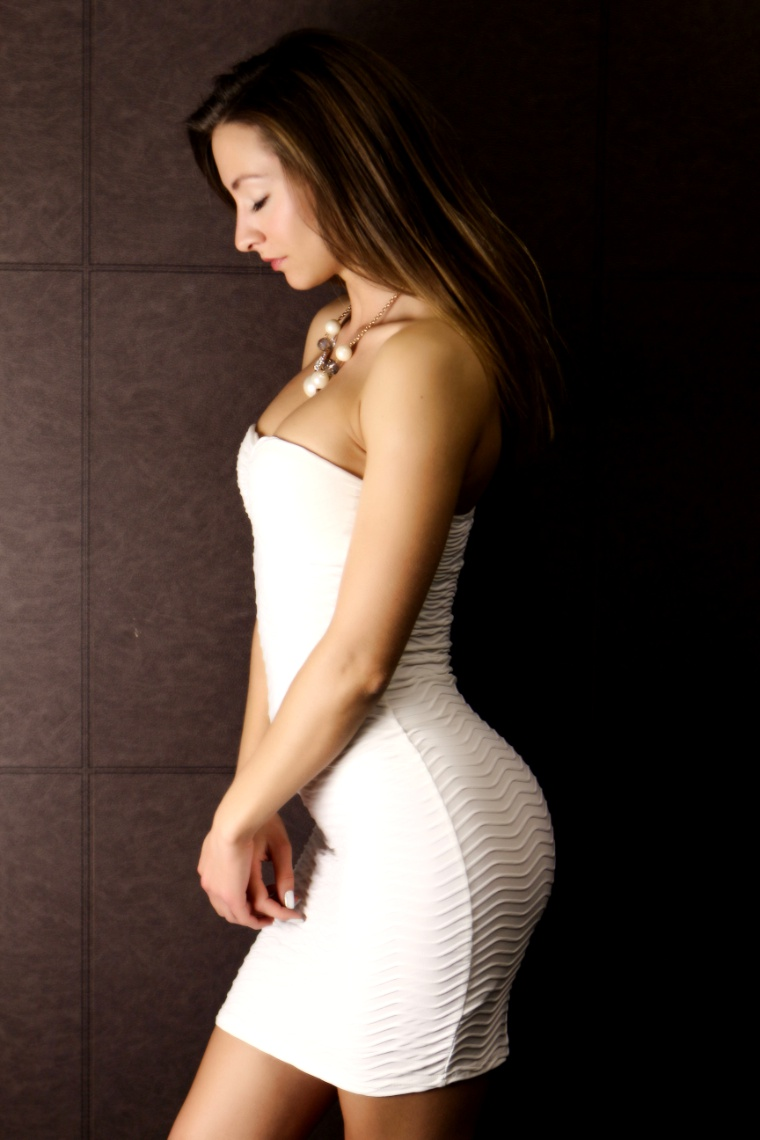 Curves Photography By Sydmiles Model Claire Topaz Uploaded