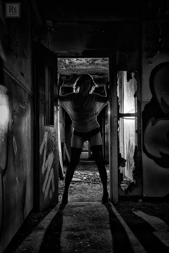 Photography by Rob Simpson, Model Jemz / Uploaded 1st November 2016 @ 01:51 PM