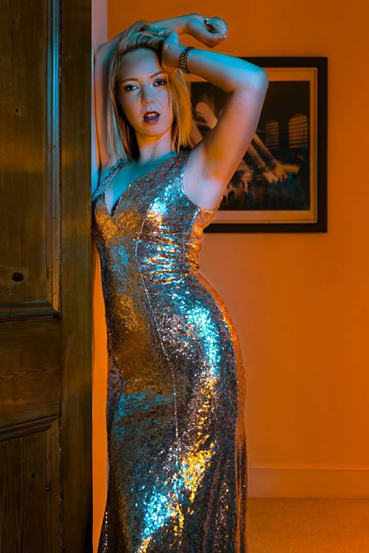 Gel fun with a twist of class / Photography by Damien J, Model Jemz, Taken at Thurston Lodge / Uploaded 24th August 2017 @ 09:36 PM