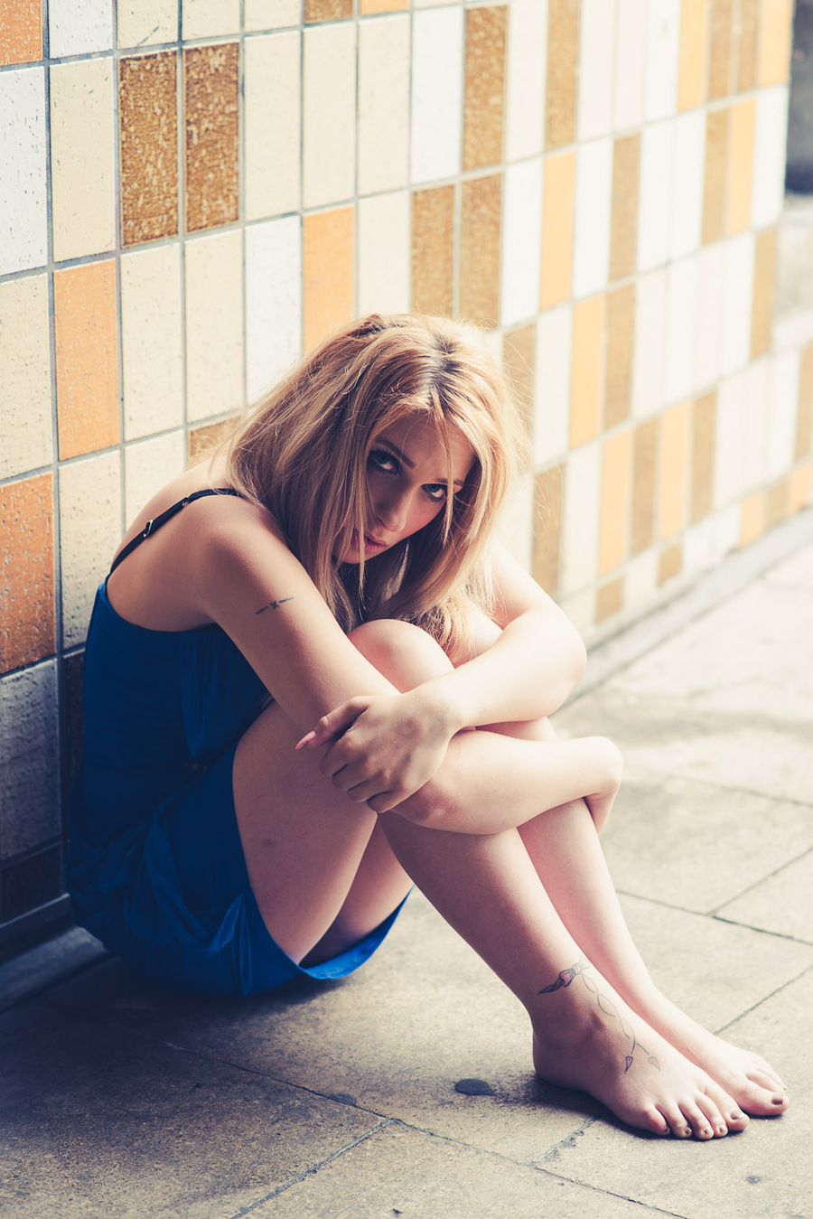 Alone.... / Photography by fossiec, Model Anna-model24 / Uploaded 17th July 2015 @ 12:48 PM
