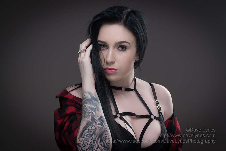 Jade / Photography by Dave Lynes, Post processing by Dave Lynes, Taken at Saracen House Studio / Uploaded 8th January 2018 @ 06:59 PM