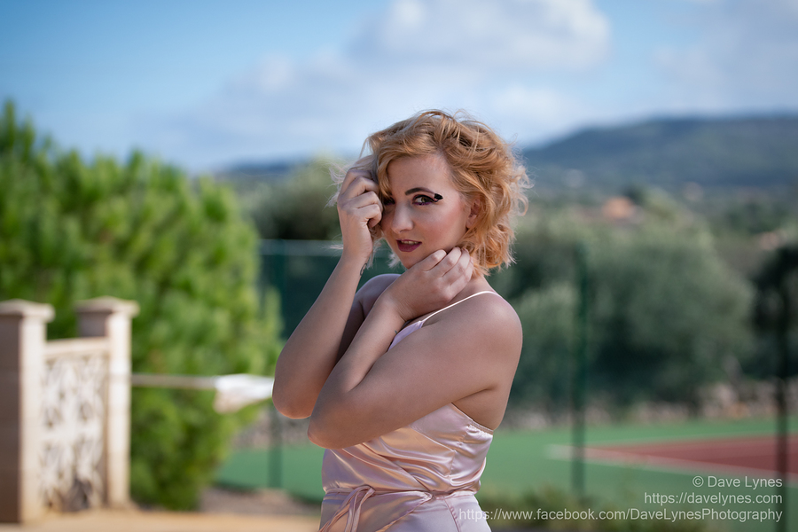Shades of Marilyn / Photography by Dave Lynes, Model PJ Elise / Uploaded 18th November 2018 @ 08:05 PM