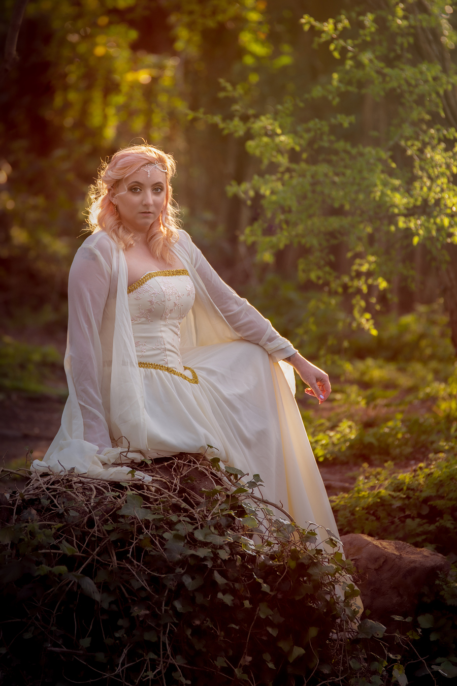 Lady of the woods of Lothlórien / Photography by Dave Lynes, Model PJ Elise, Makeup by PJ Elise, Post processing by Dave Lynes / Uploaded 27th April 2021 @ 06:29 PM
