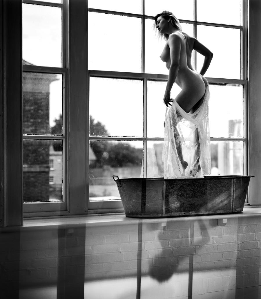 Tin bath and a view