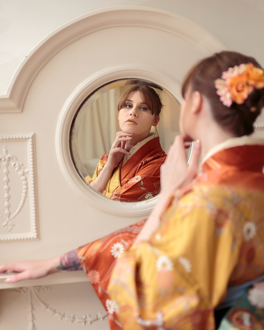 Going through the looking glass Alice? / Photography by DonTDeath, Model Lolita_Ward, Makeup by Kimono Stylist, Stylist Kimono Stylist, Hair styling by Kimono Stylist, Designer Kimono Stylist / Uploaded 7th June 2017 @ 09:12 PM