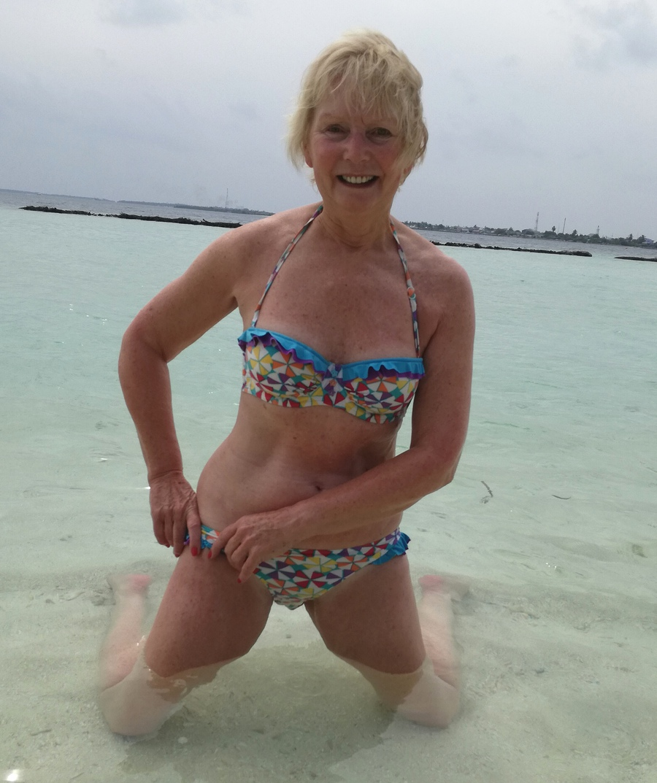 model Bikini mature
