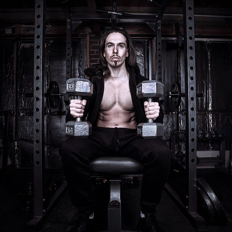 Muscle & Fitness / Model ohs / Uploaded 20th May 2017 @ 06:26 PM