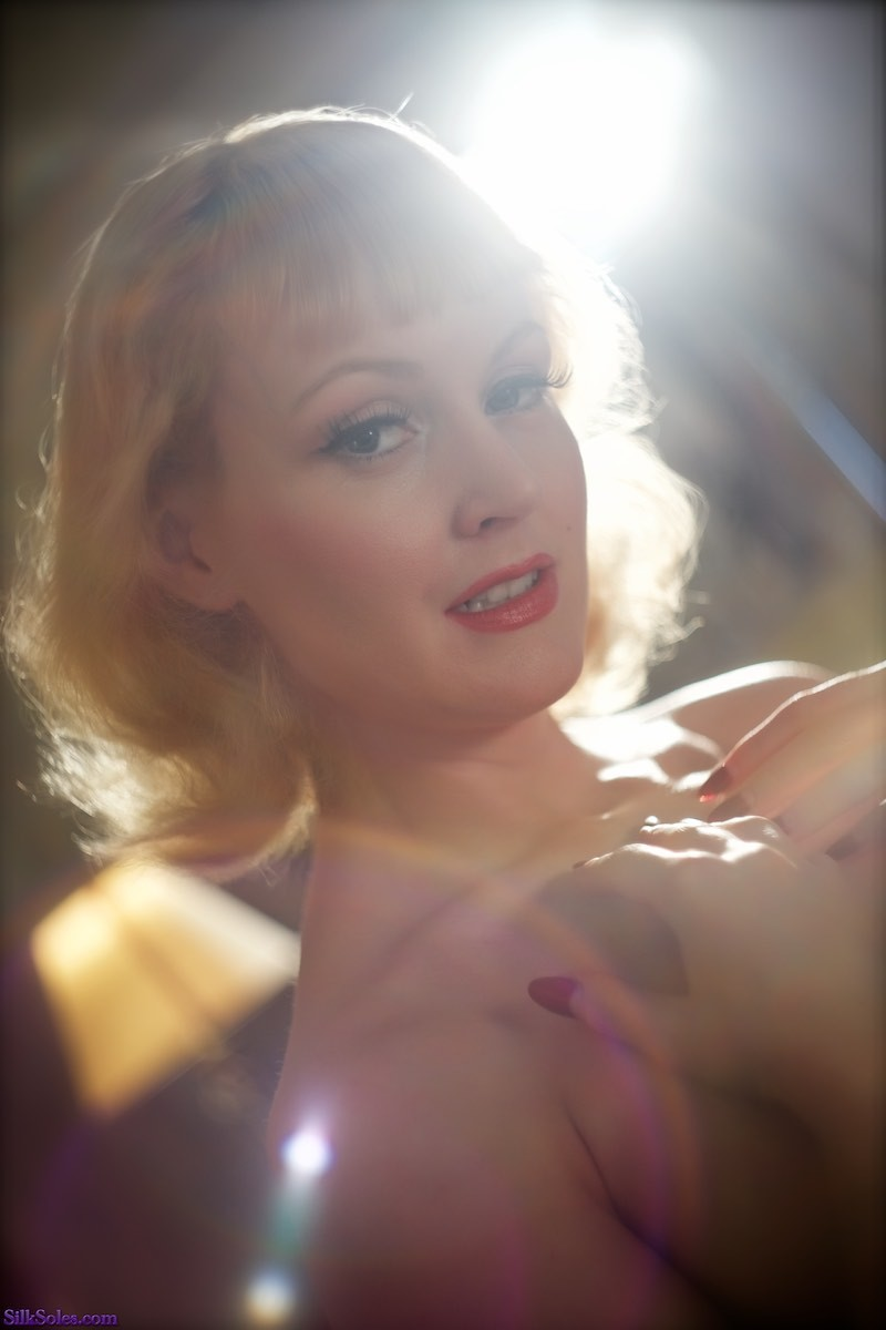 Lens flare, you say? / Photography by Hywel Phillips, Model Anita De Bauch / Uploaded 18th March 2018 @ 10:43 PM