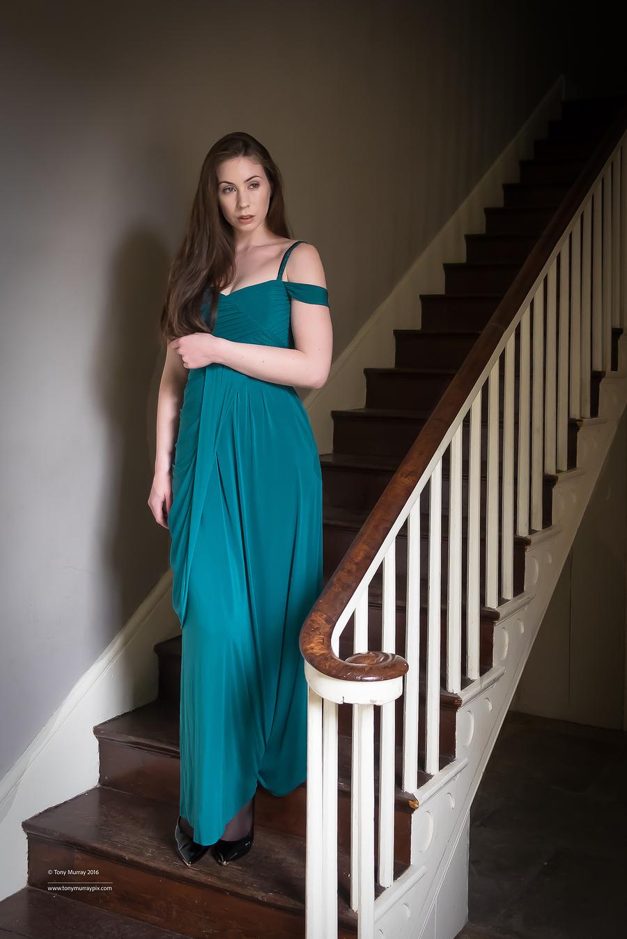 Elegant lady / Photography by Tony Murray Pix, Model Elle Beth / Uploaded 12th October 2016 @ 09:47 PM