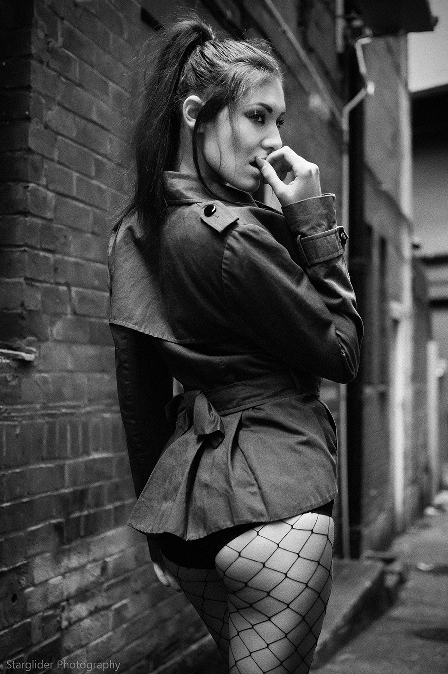 I got your back / Photography by Starglider Photography, Model Sophia West, Taken at Starglider Photography / Uploaded 15th October 2017 @ 06:16 PM
