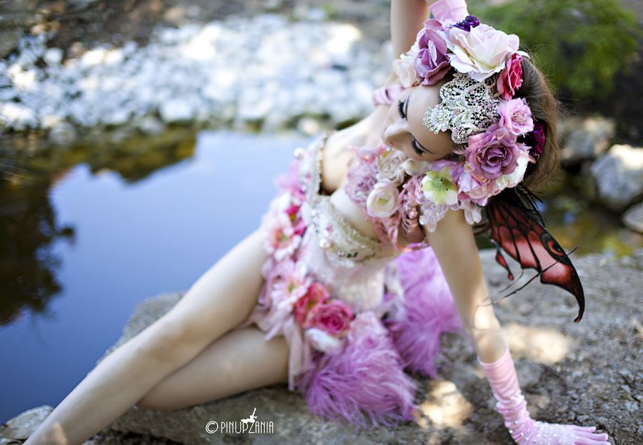 Burlesque Fairy / Photography by Stuart Runham (Pinupzania) / Uploaded 18th July 2012 @ 12:40 PM