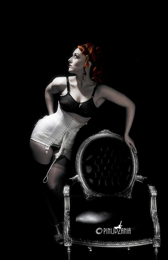 Vintage Boudoir / Photography by Stuart Runham (Pinupzania) / Uploaded 18th July 2012 @ 12:42 PM
