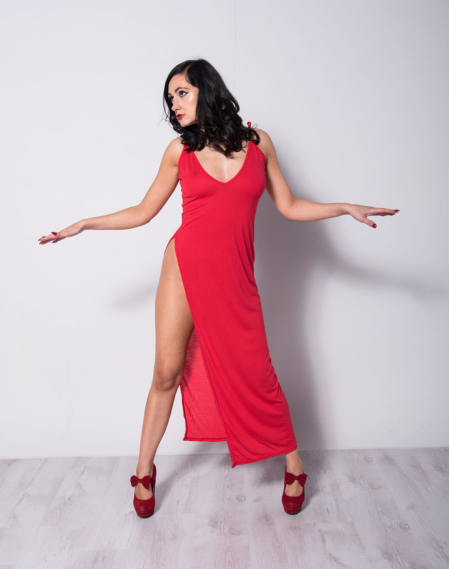Split Red Evening Dress / Photography by Dennis Bloodnok Photography, Model BonnieBellotti, Makeup by BonnieBellotti, Post processing by Dennis Bloodnok Photography / Uploaded 7th November 2017 @ 12:12 AM