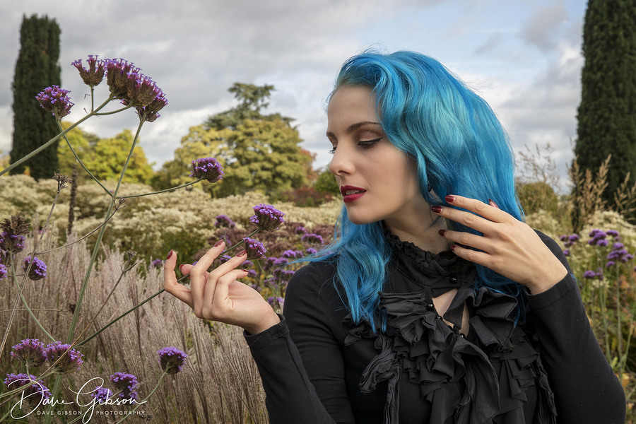 Flowers / Photography by Dave Gibson, Model Mina Von Vixen, Makeup by Mina Von Vixen, Stylist Mina Von Vixen, Hair styling by Mina Von Vixen / Uploaded 3rd April 2018 @ 03:32 PM