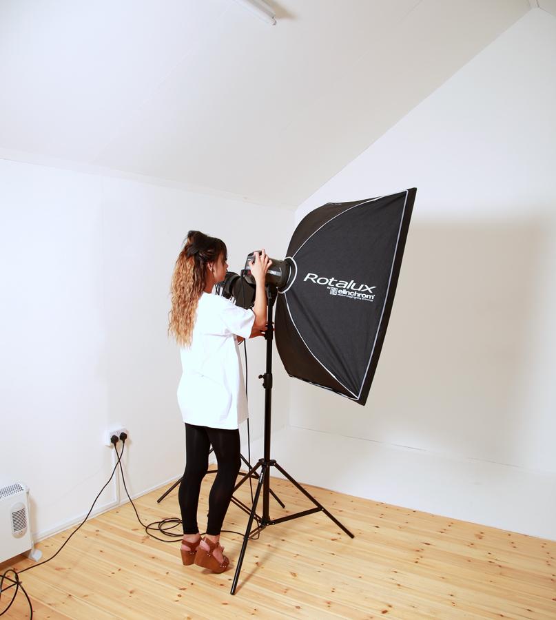 Studio assistance / Photography by John Gannon, Taken at Studio de Lumière / Uploaded 27th October 2016 @ 05:42 PM