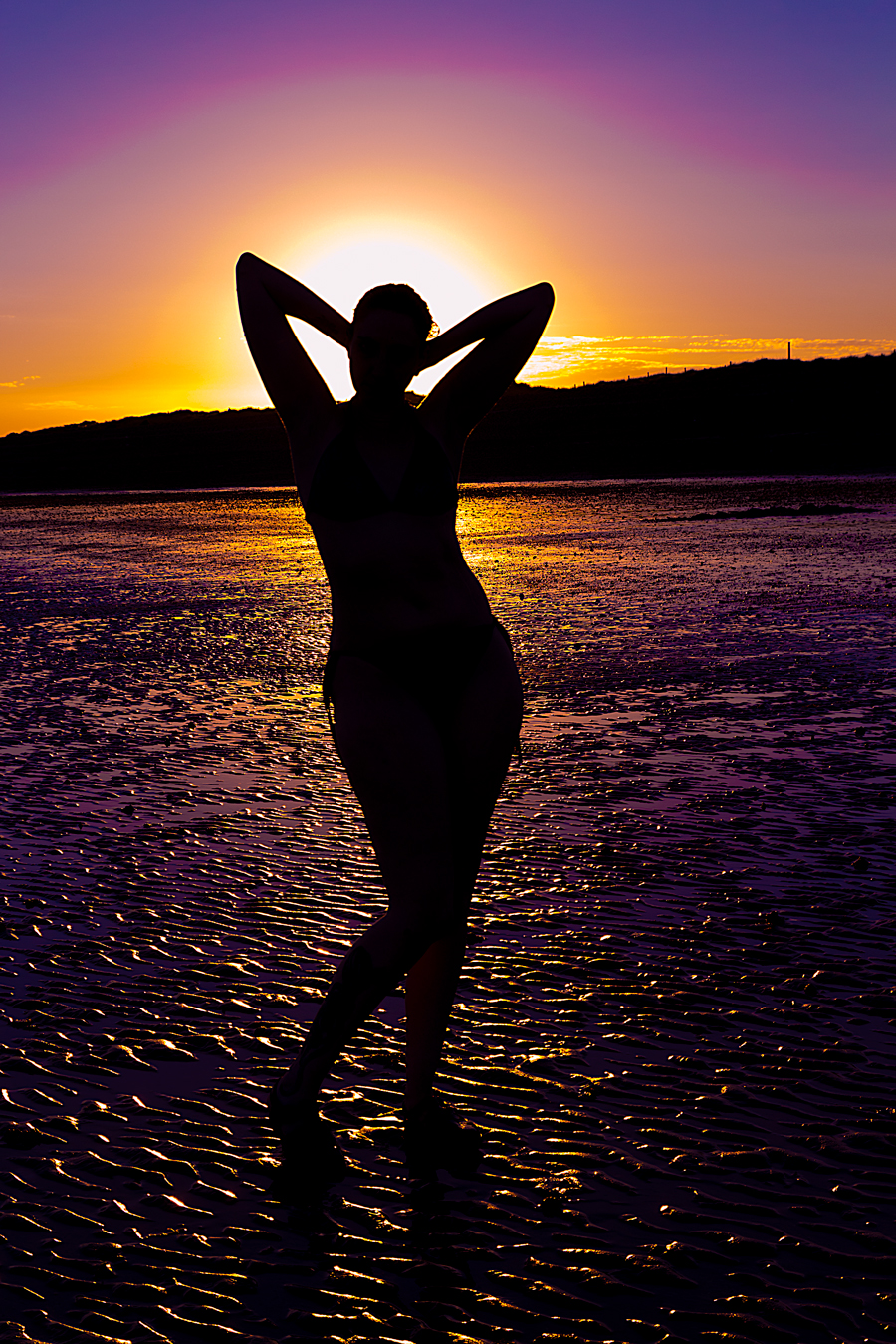 Sunset Silhouette / Photography by Mel Hathaway, Model Cosmic Starlight / Uploaded 23rd July 2016 @ 05:08 PM