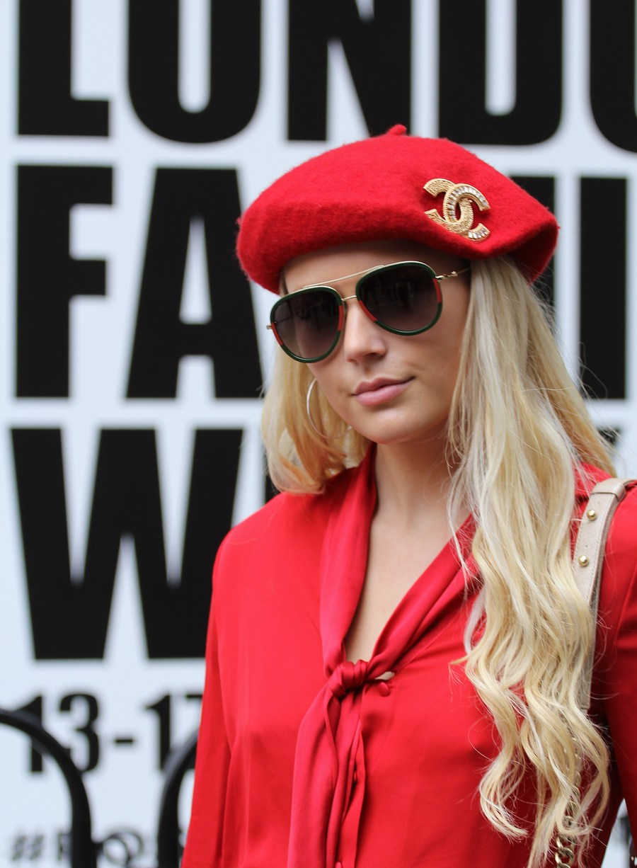 London Fashion Week (Sep) 2019 / Photography by DaveinSurrey / Uploaded 21st September 2019 @ 07:26 PM
