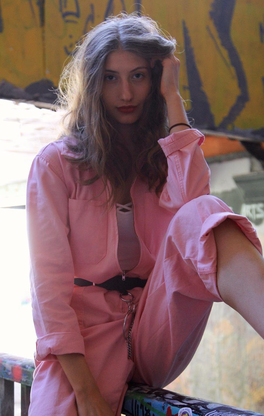 Alek / Photography by DaveinSurrey, Model AlekWalent / Uploaded 22nd September 2019 @ 09:26 AM