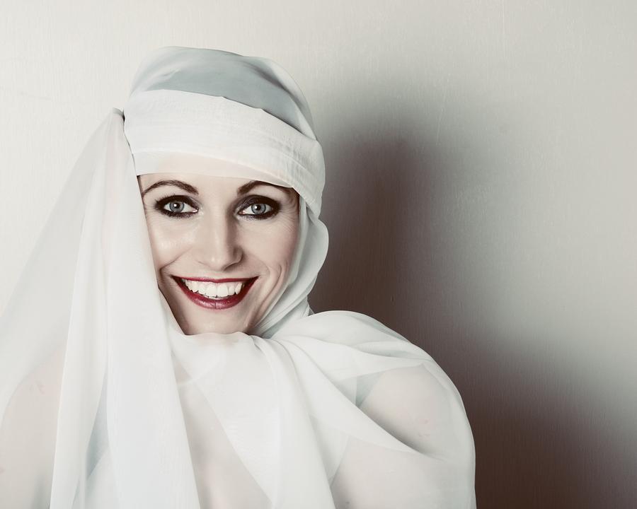 Arabian princess / Photography by Andy White, Taken at Art Asylum Reloaded Photo Studio / Uploaded 8th November 2015 @ 06:39 PM
