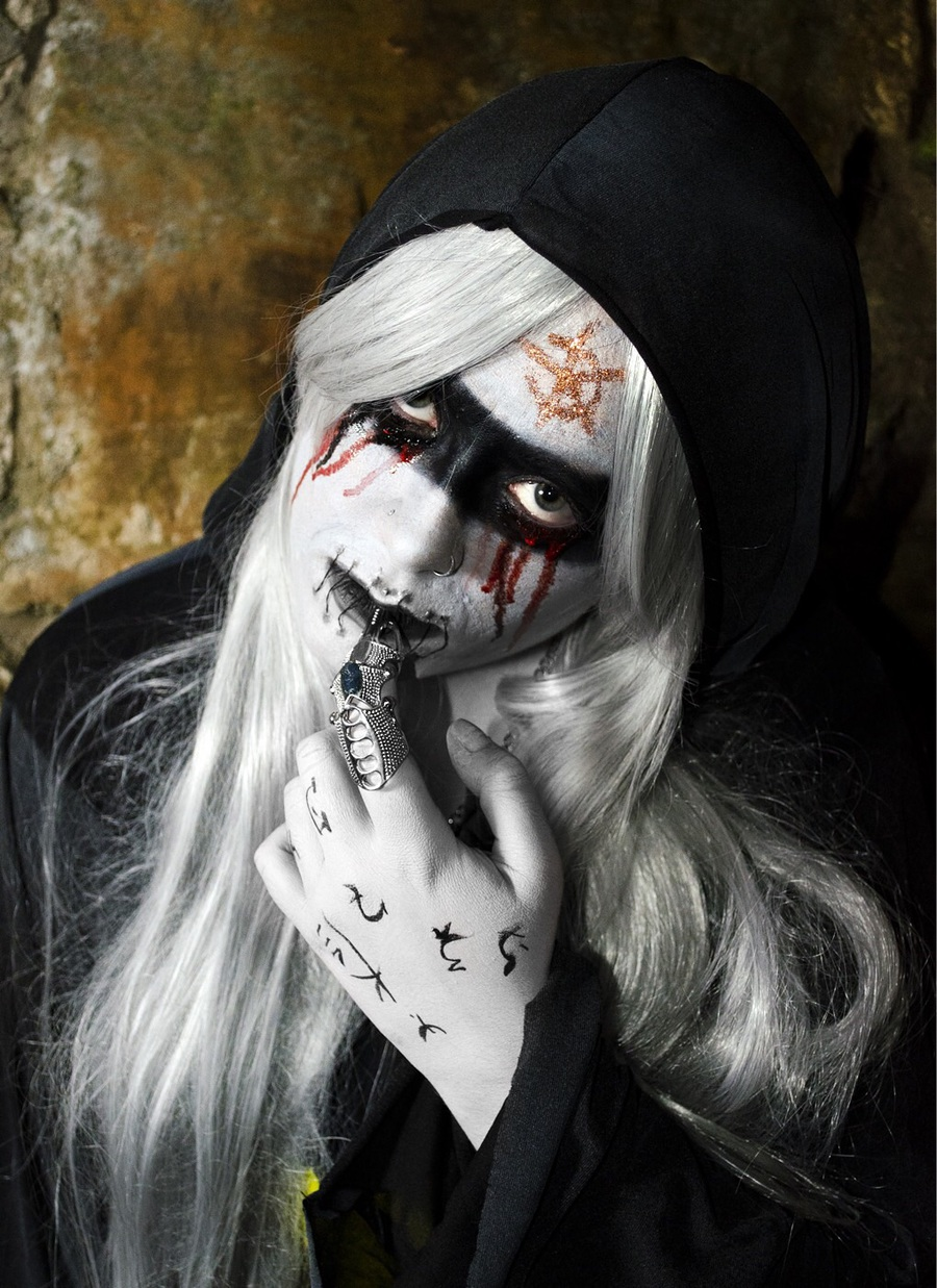 Stitched mouth cultist / Makeup by Nike Johnston / Uploaded 1st November 2015 @ 08:13 PM
