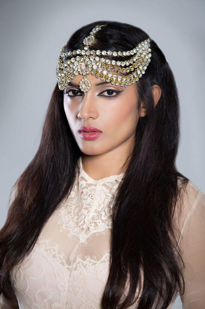 Model Fatheha / Uploaded 26th November 2015 @ 10:44 PM