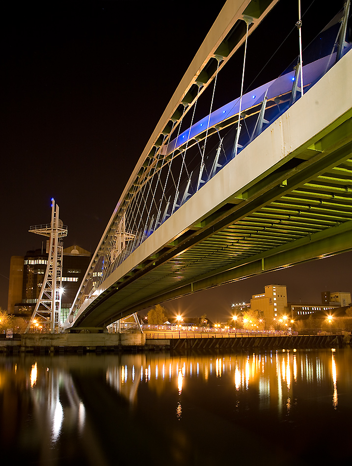 Bridge - Salford Quays / Photography by Sandpiper / Uploaded 12th June 2014 @ 03:29 PM