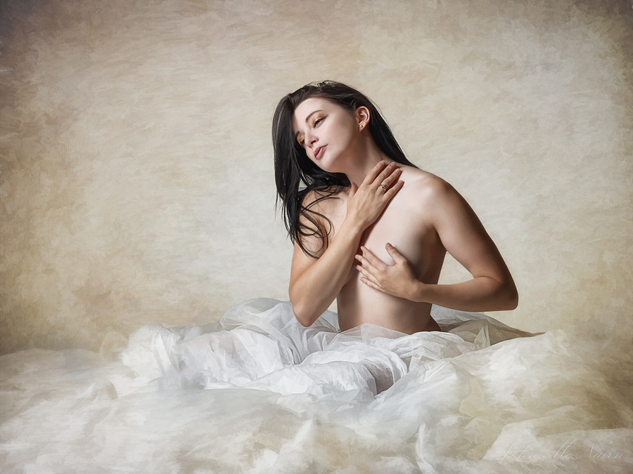 Miss Diaz / Photography by John McNairn, Model Helen Diaz / Uploaded 12th November 2016 @ 11:18 AM