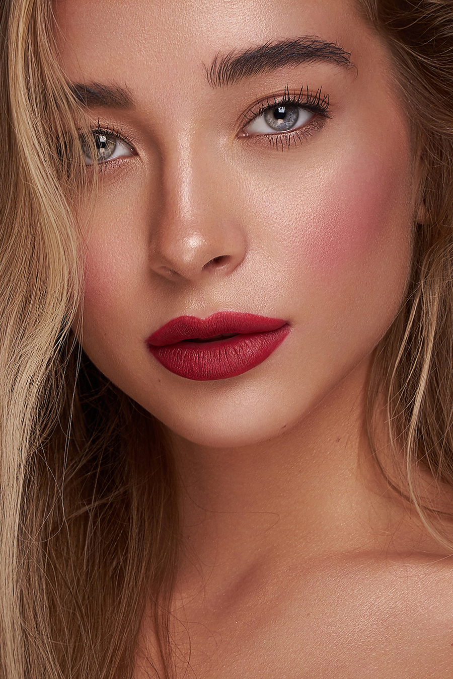 Beauty Retouch / Post processing by Claire Rees Retouching / Uploaded 17th January 2021 @ 03:27 PM
