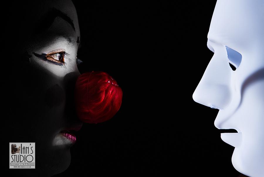 Dark Clown / Model Naomi Sumner / Uploaded 16th September 2019 @ 04:35 PM