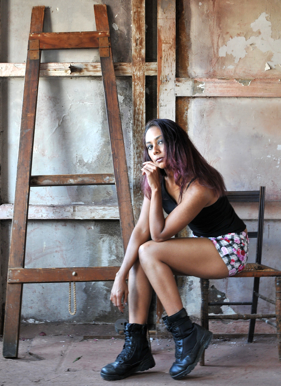 Rustic / Model Zenith / Uploaded 18th November 2015 @ 10:04 PM