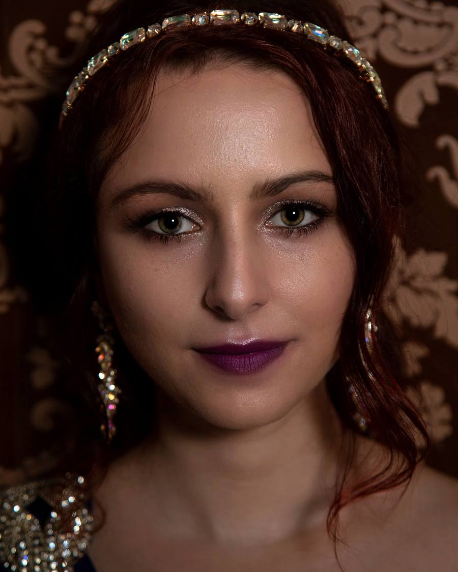 Eyes and other things that sparkle. / Photography by Phil Palin, Model Nikola1810 / Uploaded 10th October 2020 @ 10:38 AM