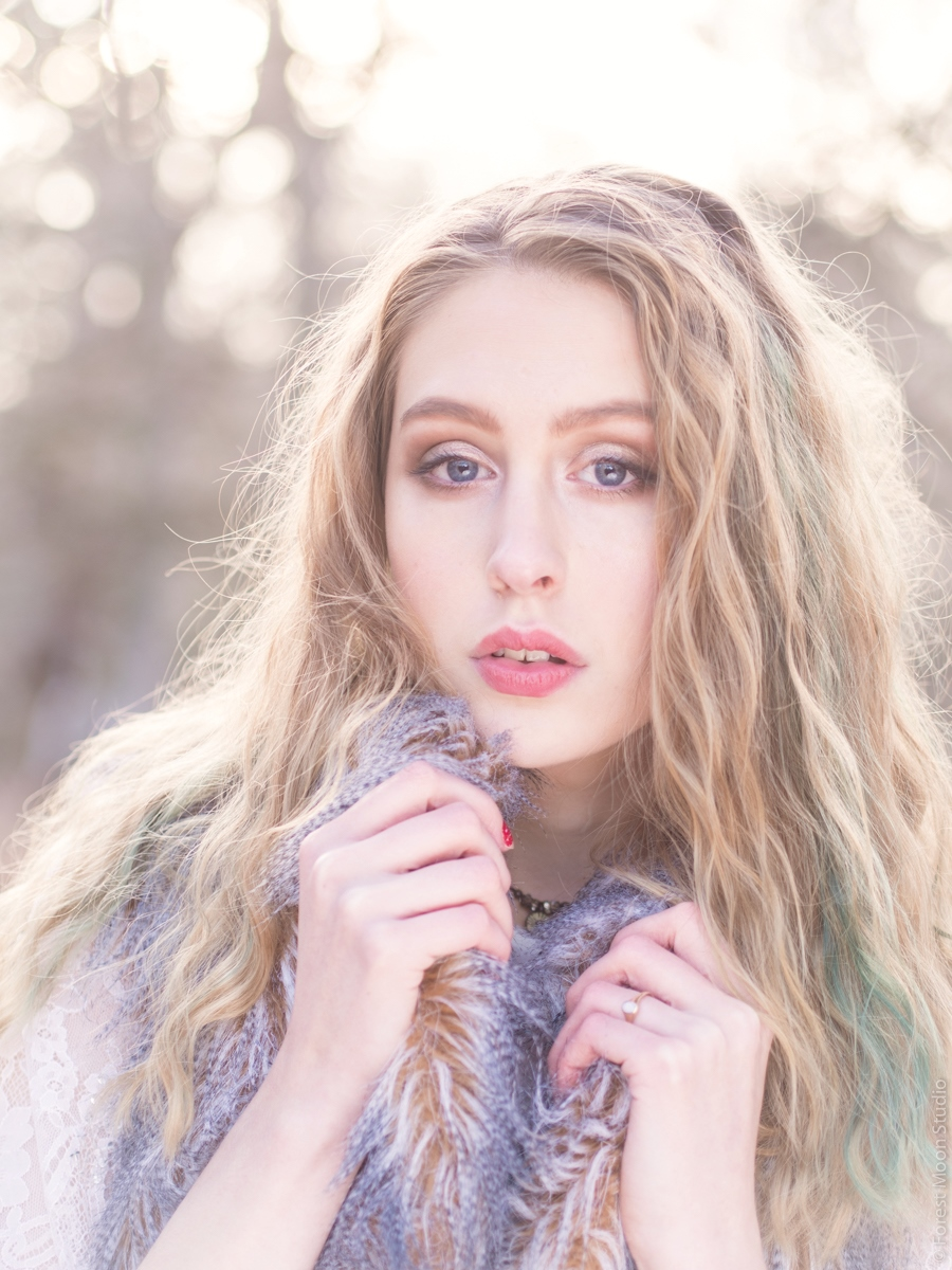 Soft light / Photography by Forest Moon, Model Charlotte.s / Uploaded 21st February 2016 @ 04:19 PM