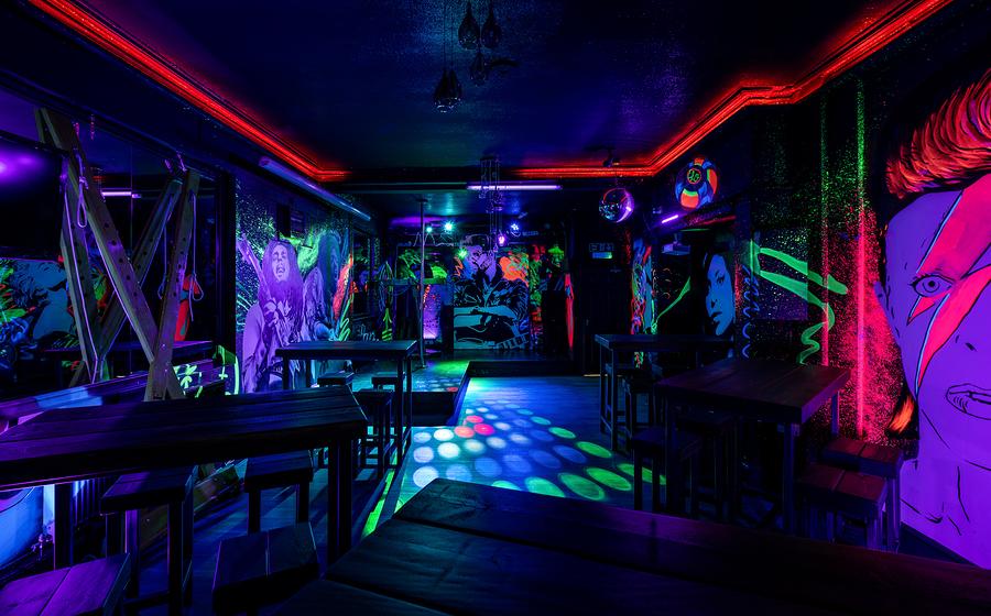 Urban Art Lounge / Taken at Drastic Fantastic Studio Dungeons / Uploaded 10th May 2020 @ 10:11 PM