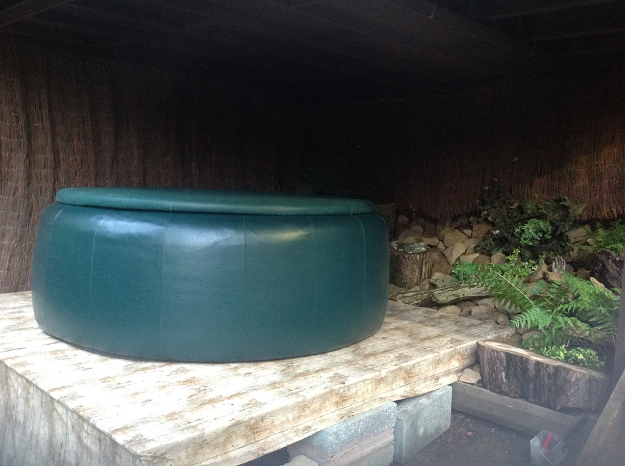 New Hot Tub Set / Taken at Far Forest Studio / Uploaded 26th June 2016 @ 02:32 PM