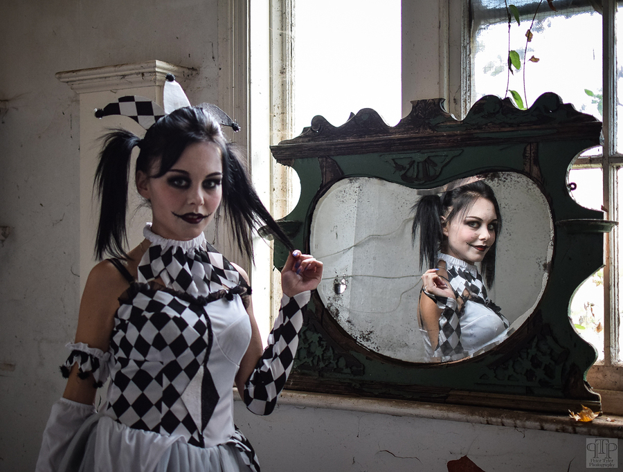 Harlequin in the mirror / Photography by PeterTyler, Model LittleMissModle, Makeup by Laura Shipman MUAH, Post processing by PeterTyler, Assisted by The Creative Duo / Uploaded 30th October 2017 @ 10:10 AM