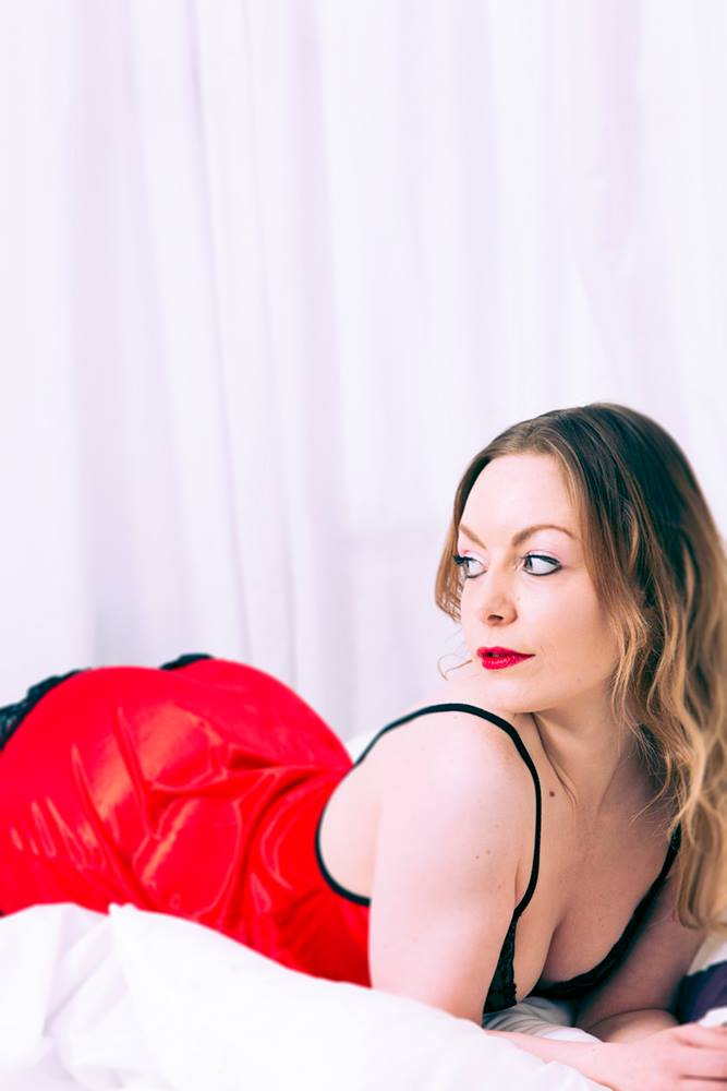Rose Red / Photography by Kevin Robertson, Model Aurora Violet / Uploaded 30th May 2015 @ 12:10 PM