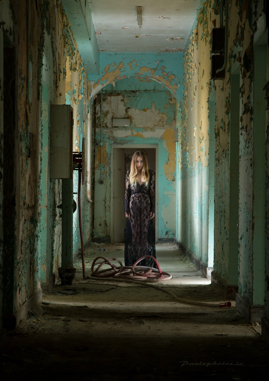 The Haunted / Photography by Paul Askins, Model Aurora Violet / Uploaded 3rd September 2017 @ 12:24 PM