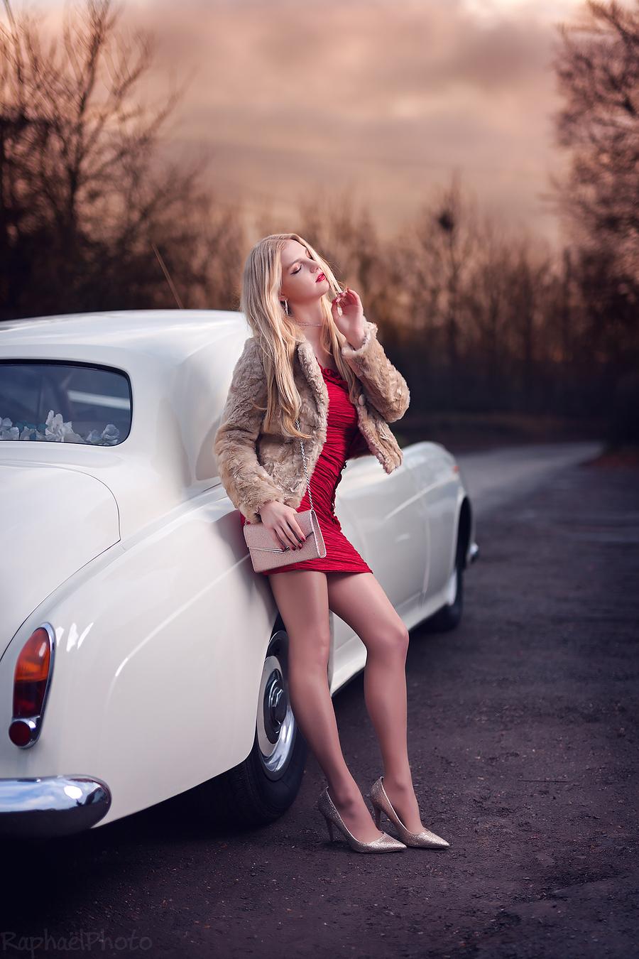La vie est belle / Photography by RaphaelPhoto, Model Nadia Chloe Rose / Uploaded 6th December 2017 @ 10:41 PM