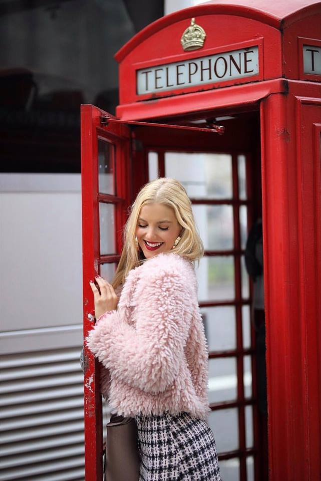 Guess who loves London :) ♥ / Photography by Roy M, Model Nadia Chloe Rose / Uploaded 23rd March 2019 @ 10:12 PM
