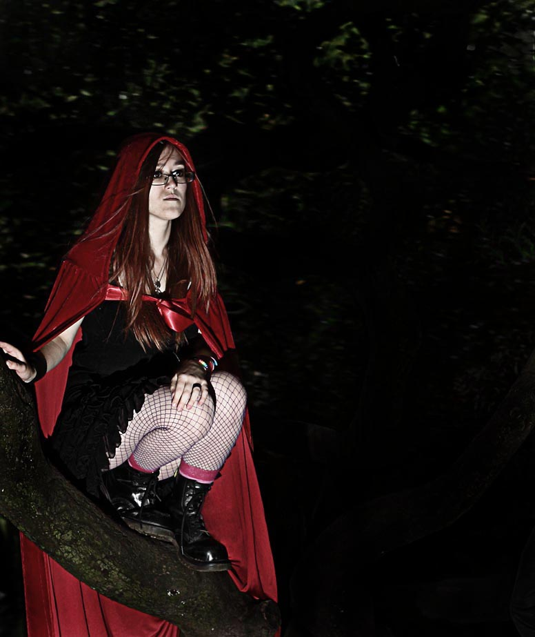 Lonely in my tree / Photography by Timothy, Model Ameitia / Uploaded 16th September 2012 @ 10:33 PM